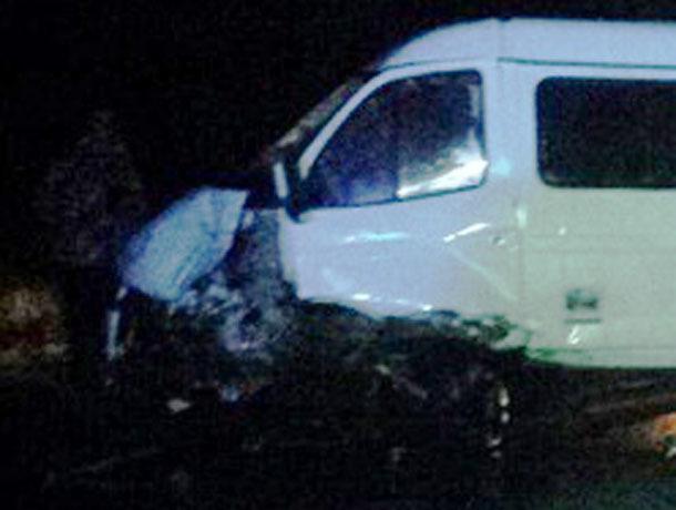 Под Волгоградом «Газель» врезалась в«Дэу Нексия», умер шофёр легковушки