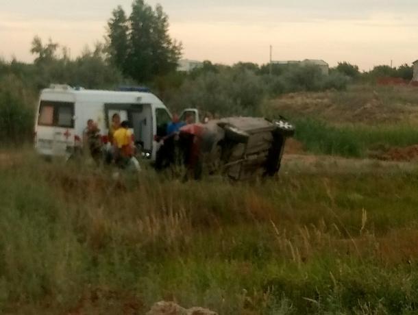 Пьяный водитель за рулем Volvo перевернулся под Волжским