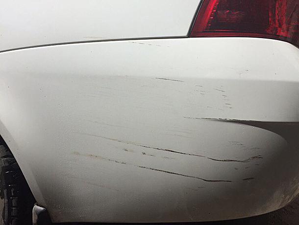 Волжане «спалили» неумелую автоледи, которая повредила чужое авто и сбежала с места ДТП