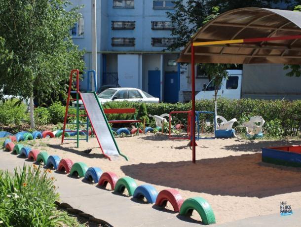 Старые автопокрышки в Волжском: позор или украшение?