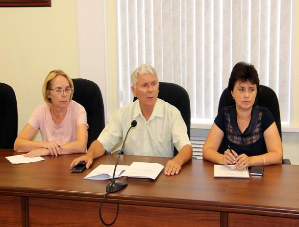 Депутаты взялись за памятные места Волжского