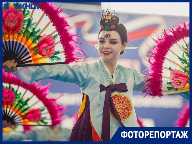 Самые яркие моменты фестиваля корейской культуры запечатлел фотограф