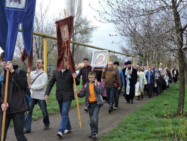 В праздник Похвалы Пресвятой Богородицы в Волжском пройдет крестный ход