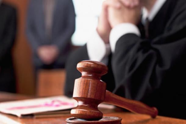 Водитель маршрутки ответит в суде за насилие над школьницей