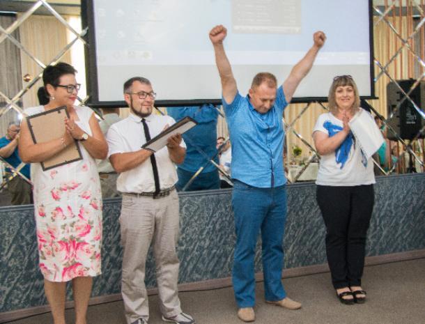 «Блокнот Волжского» наградил худых героев «Сбросить лишнее»