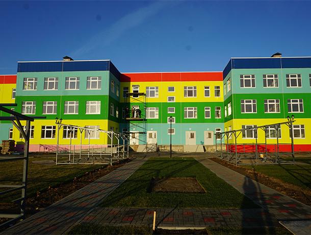 Готовность трех новых детсадов в Волжском составляет 85%