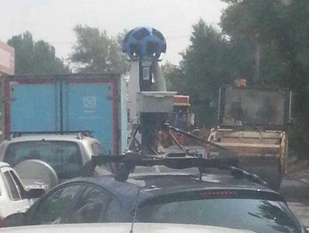 Подозрительная машина-следопыт снимала улицы в Волжском на специальную камеру