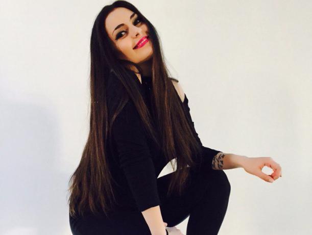 Шаг за шагом к мечте, - яркая Анжела Филатова, участница конкурса «Мисс Блокнот Волжского-2017»