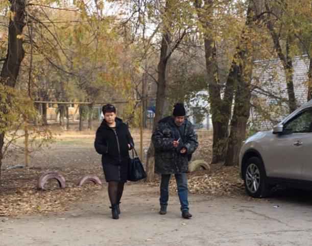 Известный бродяга, которого бросила семья в Волжском, сбежал из нового дома