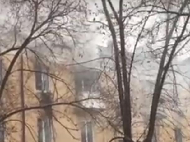 Утренний пожар в Волжском полностью уничтожил квартиру