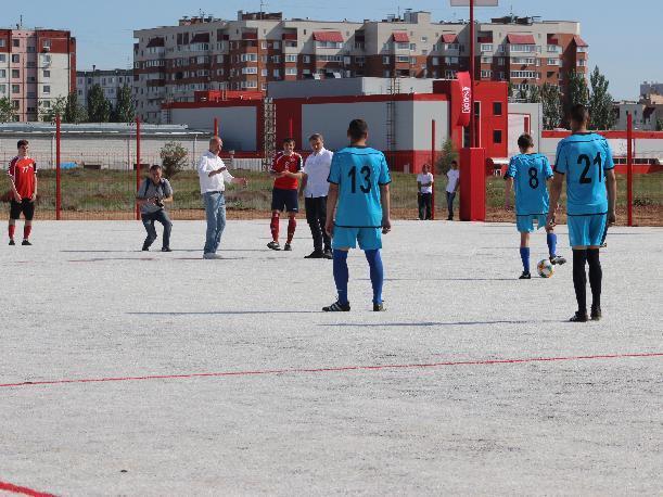Волжане в восторге: состоялось открытие уникального футбольного поля