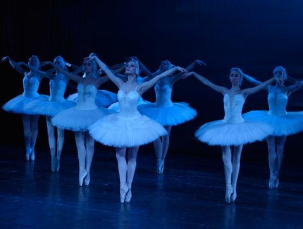 Балет «Лебединое озеро» в Волжском покажут для всех