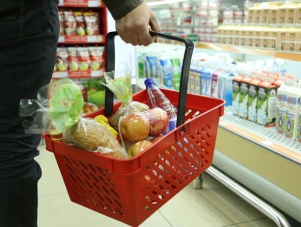Продуктовые магазины разоряют волжан