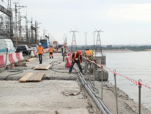 На объекте ГЭС прошло выездное совещание, посвященное ремонтным работам