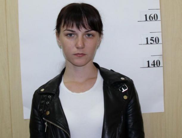 29-летняя девушка собирала деньги с обманутых волжан
