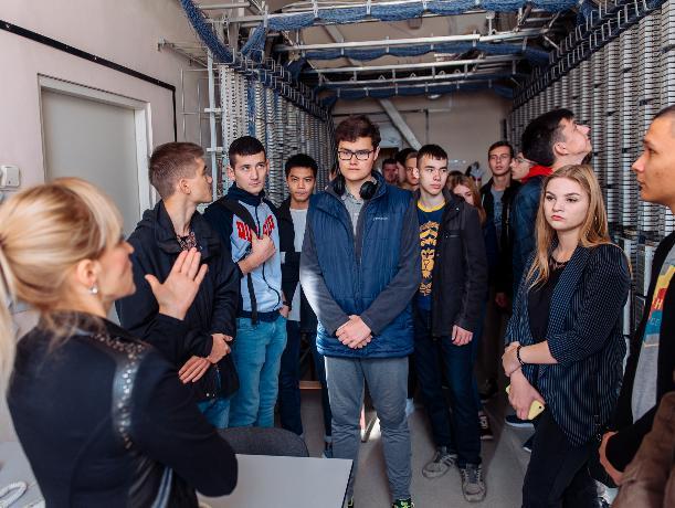«Ростелеком» провел за «кулисы» станции студентов ВолГУ
