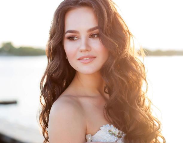 Анастасия Марьина осилила дорогу на пути к «Мисс Блокнот Волжский»