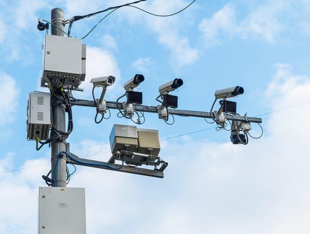 Дороги Волжского «наградят» еще двенадцатью камерами фотовидеофиксации