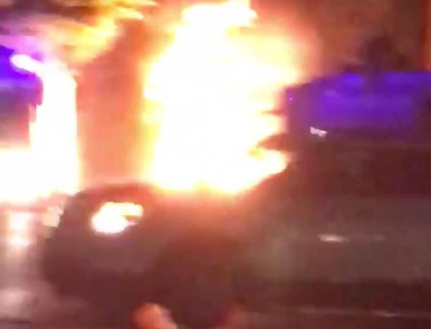 Автомобиль устроил пожар в Волжском