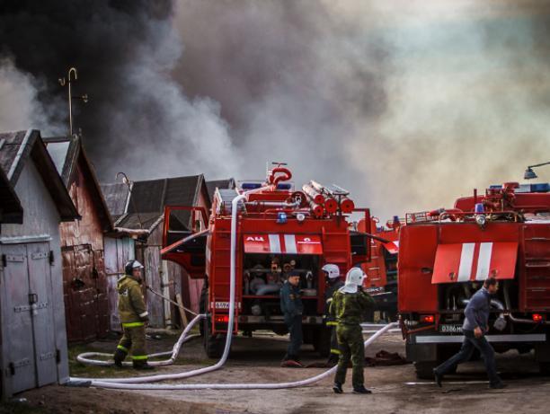 Местный житель пострадал от пожара в гараже