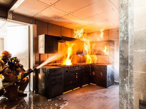 Волжанин чуть не сгорел, демонстрируя свои кулинарные способности