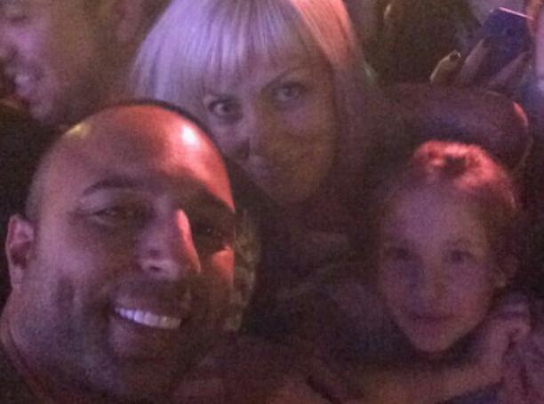 Блондинка из Волжского засветилась рядом с Arash