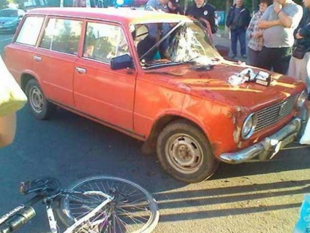 Волжанин на ВАЗе сбил двух пешеходов