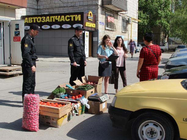 В Волжском будут пресекать уличную торговлю