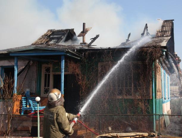 Утренний пожар случился под Волжским