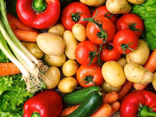 Огурцы дешевеют, картофель дорожает - изменение цен на волжских прилавках