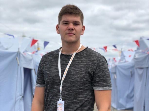 Виновный в смертельной аварии под Волжским Ренат Булатов числится в Молодежном парламенте региона