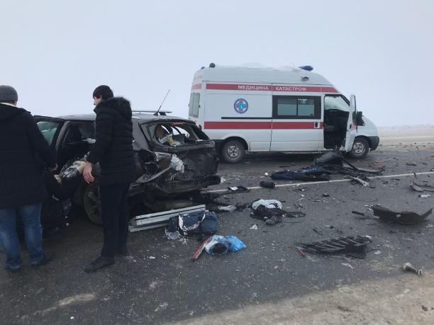 Столкновение маршрутки из Волжского и легковушки унесло жизнь мужчины