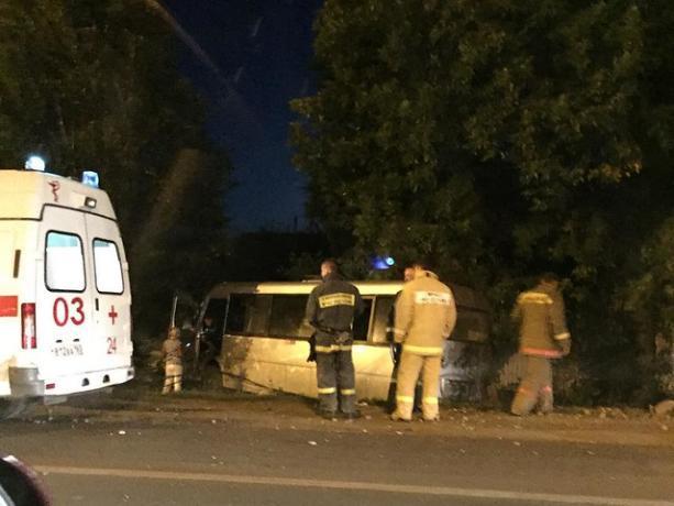Два автобуса и иномарка стали участниками ДТП