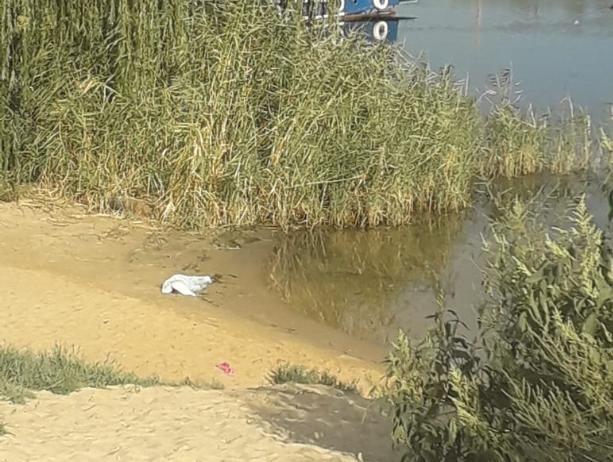Появились подробности гибели 7-летней девочки на пляже