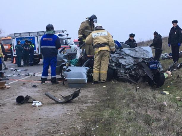 Молодой водитель ВАЗа погиб в страшном ДТП