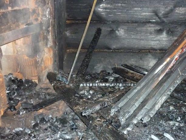 В Ленинском районе пожар забрал у жильцов дом