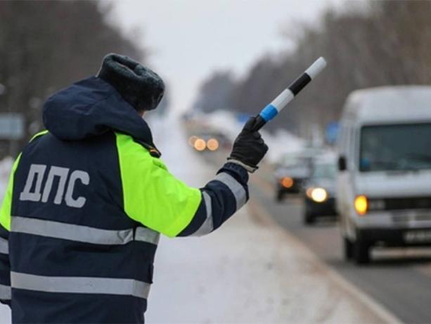 Рейд «Безопасный автобус» выявил нарушителей в Волжском
