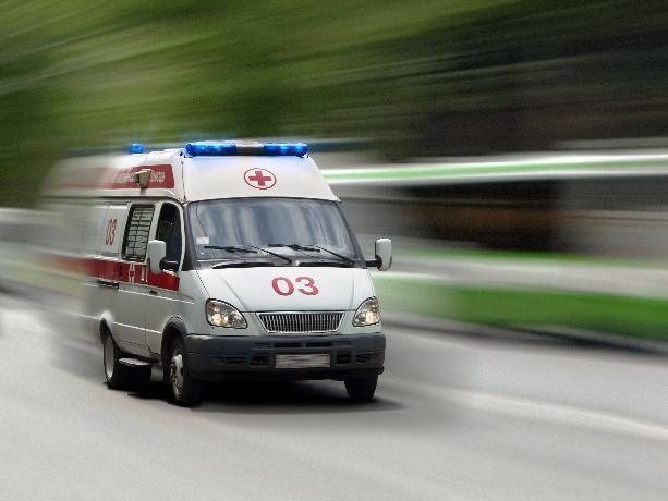 В Волжском в результате столкновения автомобилей пострадал пассажир