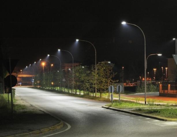 Более 5 миллионов рублей потратят на освещение в Волжском