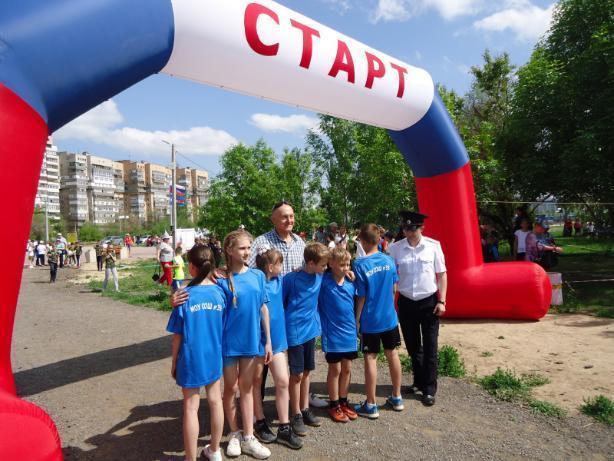 УМВД организовало спортивную акцию для детей в Волжском