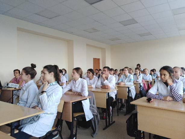Волжские студенты-медики «окунулись» в мир без алкоголя
