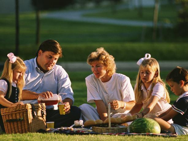 Большинство волжан хранят семейные ценности