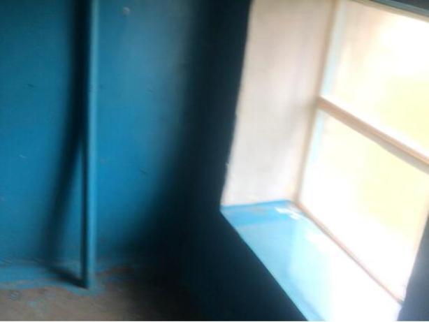 После смешной публикации в сети волжанам установили окно вместо кресла