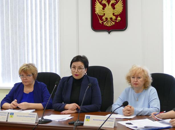 Депутаты рассмотрели нарушения на сумму около 2 миллионов в школе