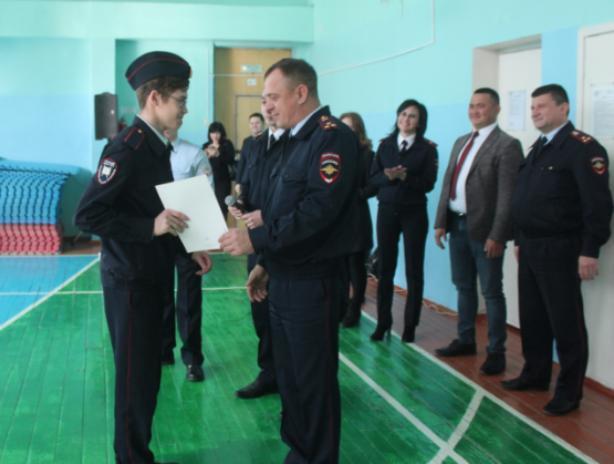 В Волжском провели конкурс среди полицейских классов