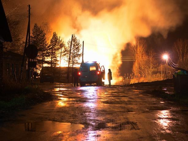 Под Волгоградом в пожаре погиб водитель фуры