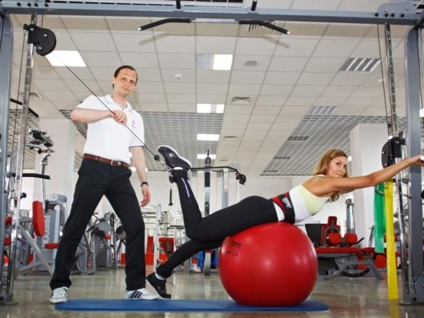 Надоела боль в спине, коленях и суставах – вам поможет центр «Без боли»