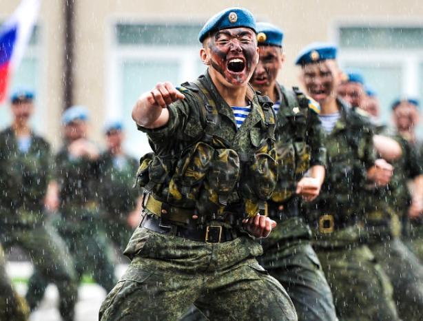 В Волжском «Голубые береты» отметят День ВДВ