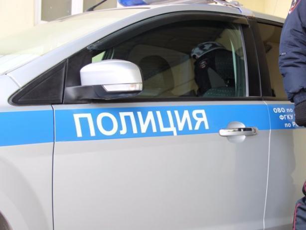 В Волжском гость украл на 17 тысяч рублей