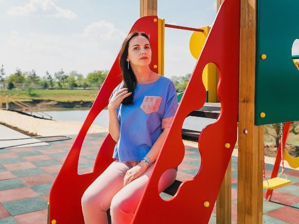 «Стремлюсь к совершенству во всем», - участница конкурса «Мисс Блокнот Волжский» Юлия Кривенцова